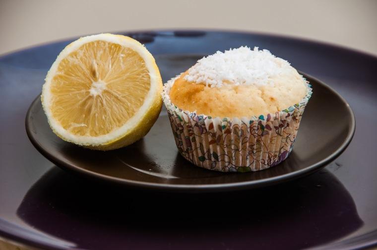 Veganiški citrininiai keksiukai su kokosais